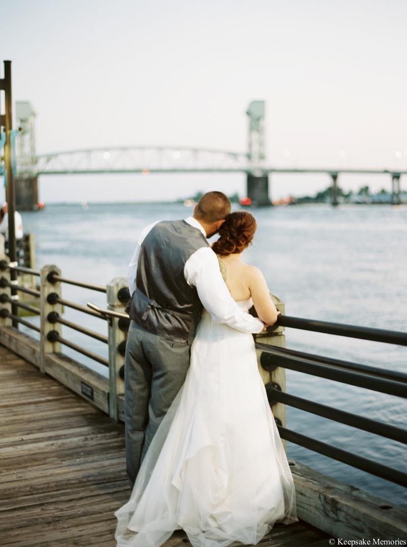 riverwalk-landing-wilmington-nc-wedding-photos-32-min.jpg