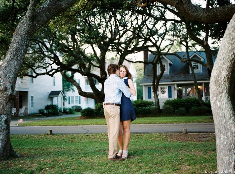 beaufort-north-carolina-engagement-photographers-18-min.jpg