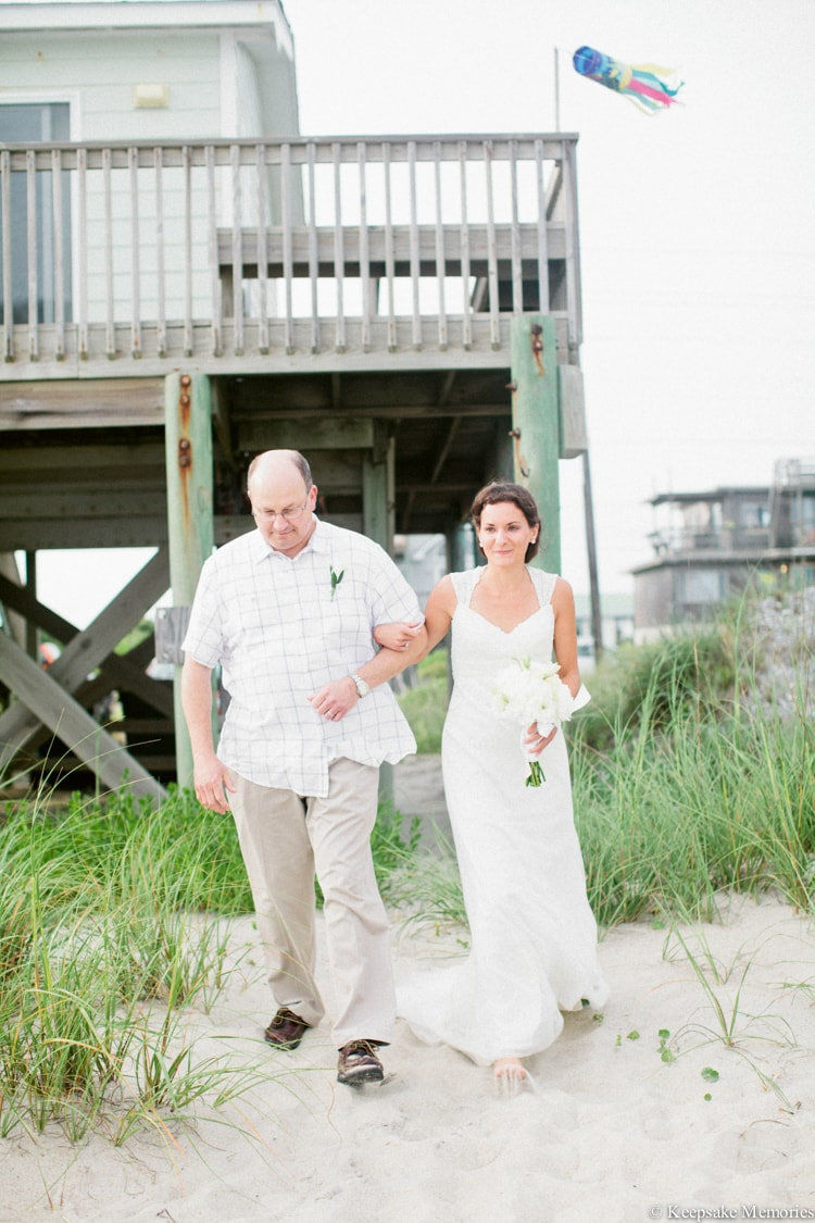 beach-house-rental-emerald-isle-nc-wedding-16-min