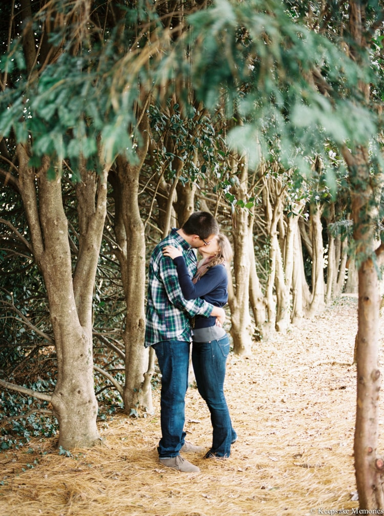 jc-raulston-arboretum-and-tucker-house-raleigh-engagement-min.jpg