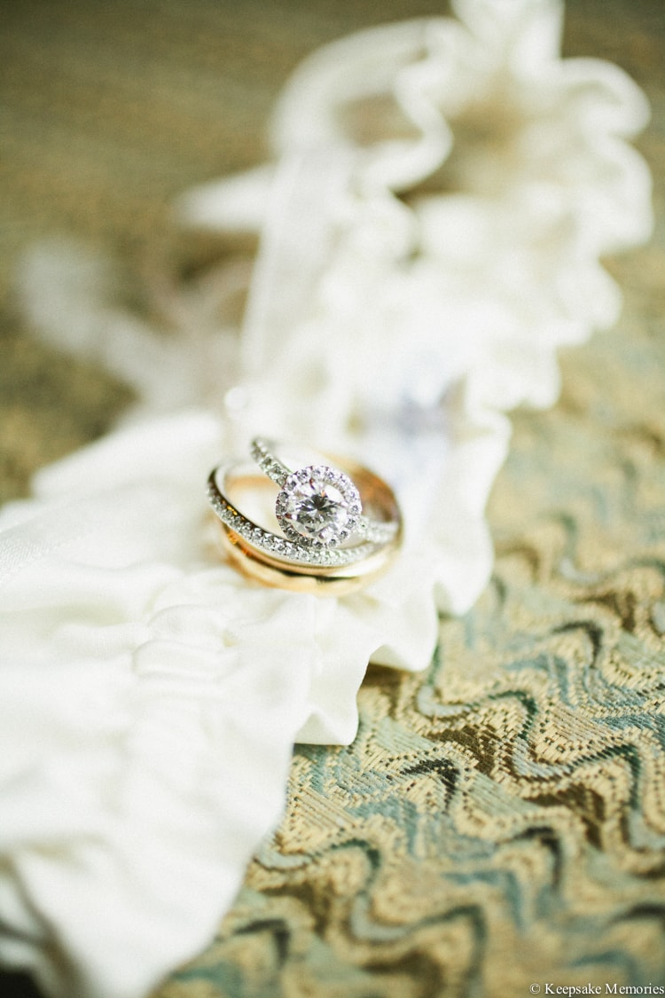 round-engagement-rings-and-wedding-bands-7-min.jpg