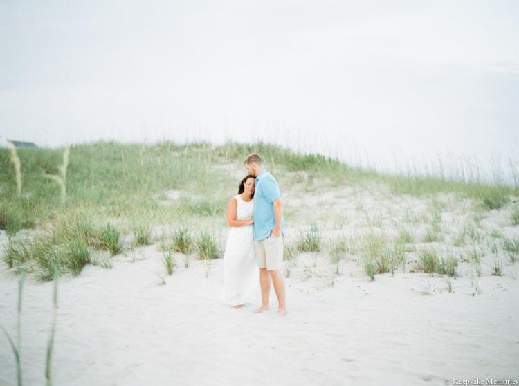 emerald-isle-beach-nc-engagement-photography-15-min.jpg