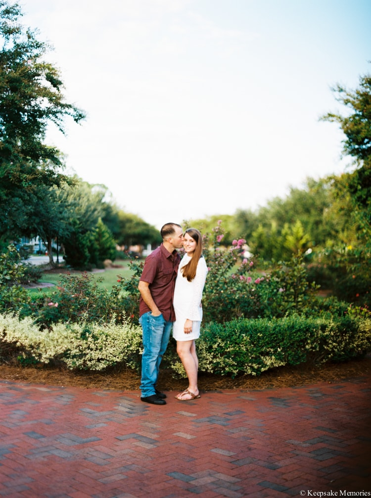 jacksonville-north-carolina-engagement-photographers-17-min.jpg