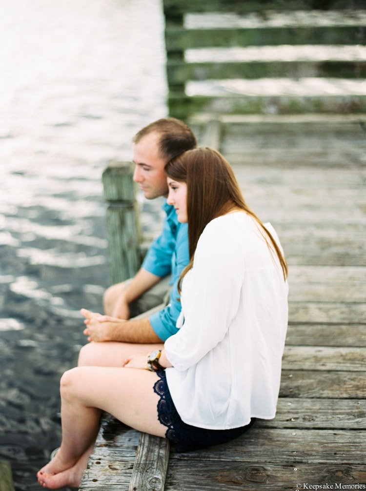 jacksonville-north-carolina-engagement-photographers-9-min.jpg