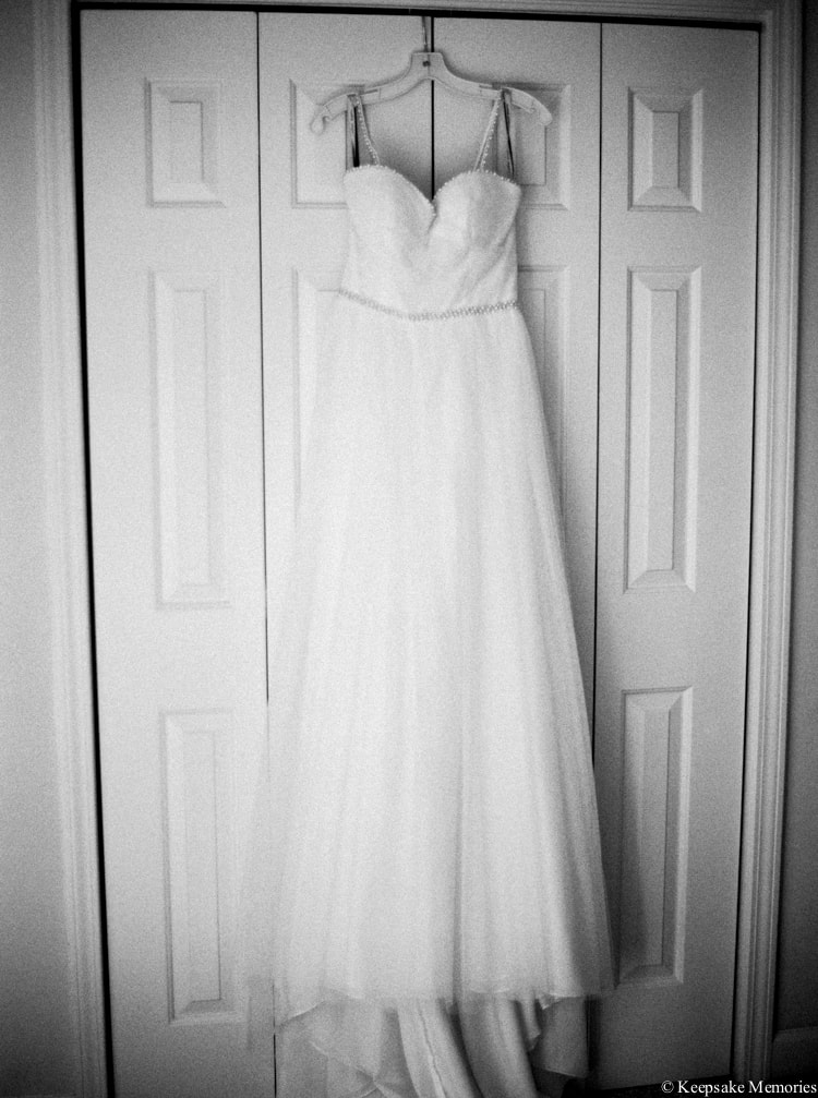 emerald-isle-beach-nc-wedding-photographers-contax-645-min.jpg