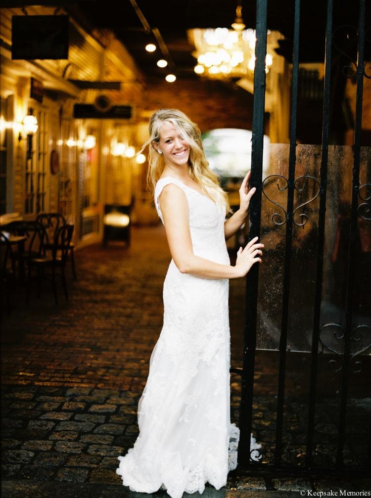rainy-wilmington-nc-bridal-portrait-photographers-4-min