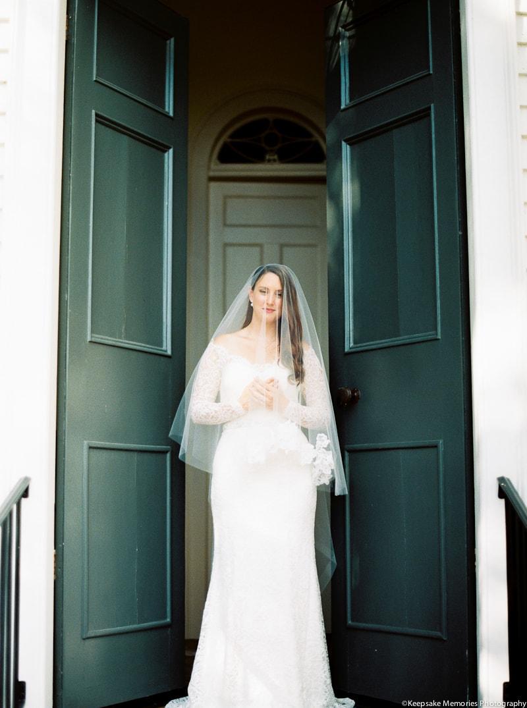 new-bern-north-carolina-bridal-photographers-2-min.jpg