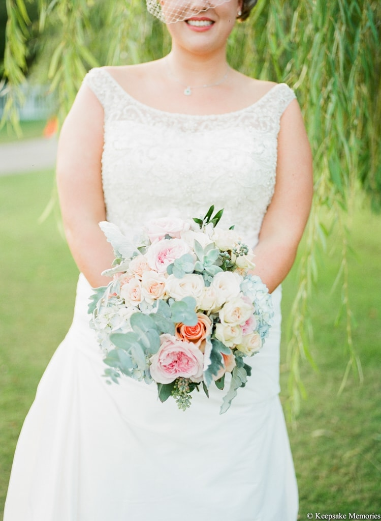 emerald-isle-nc-wedding-bouquets-min.jpg