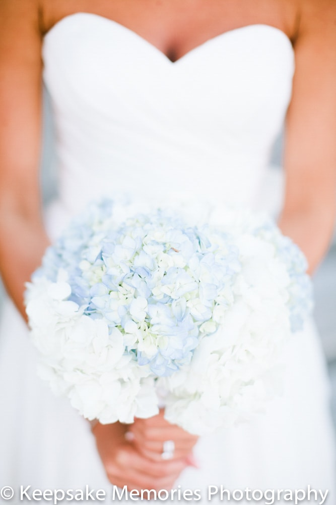 the-boathouse-beaufort-nc-wedding-bouquet-min.jpg