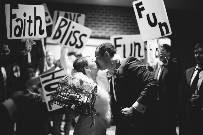 sign-wedding-exits-min.jpg