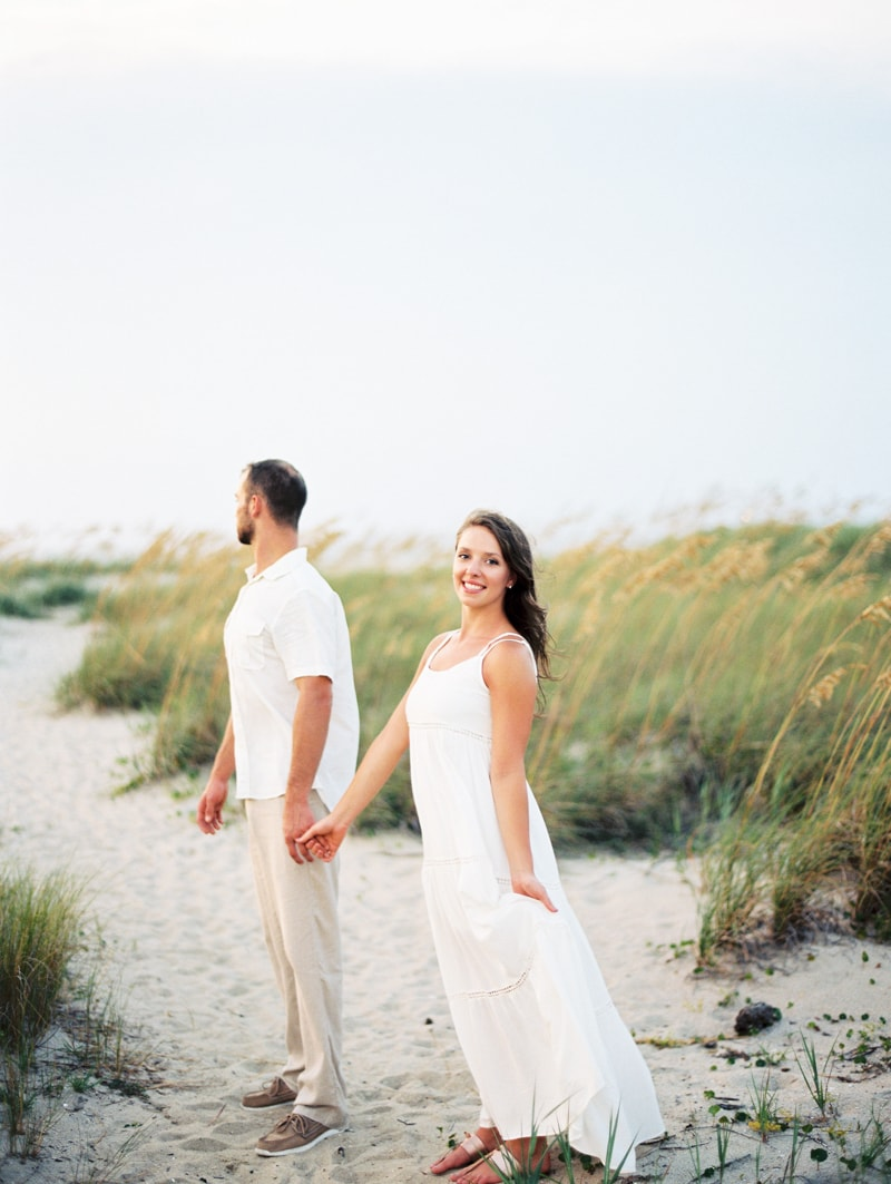 bald-head-island-nc-engagement-photographers-3-min.jpg