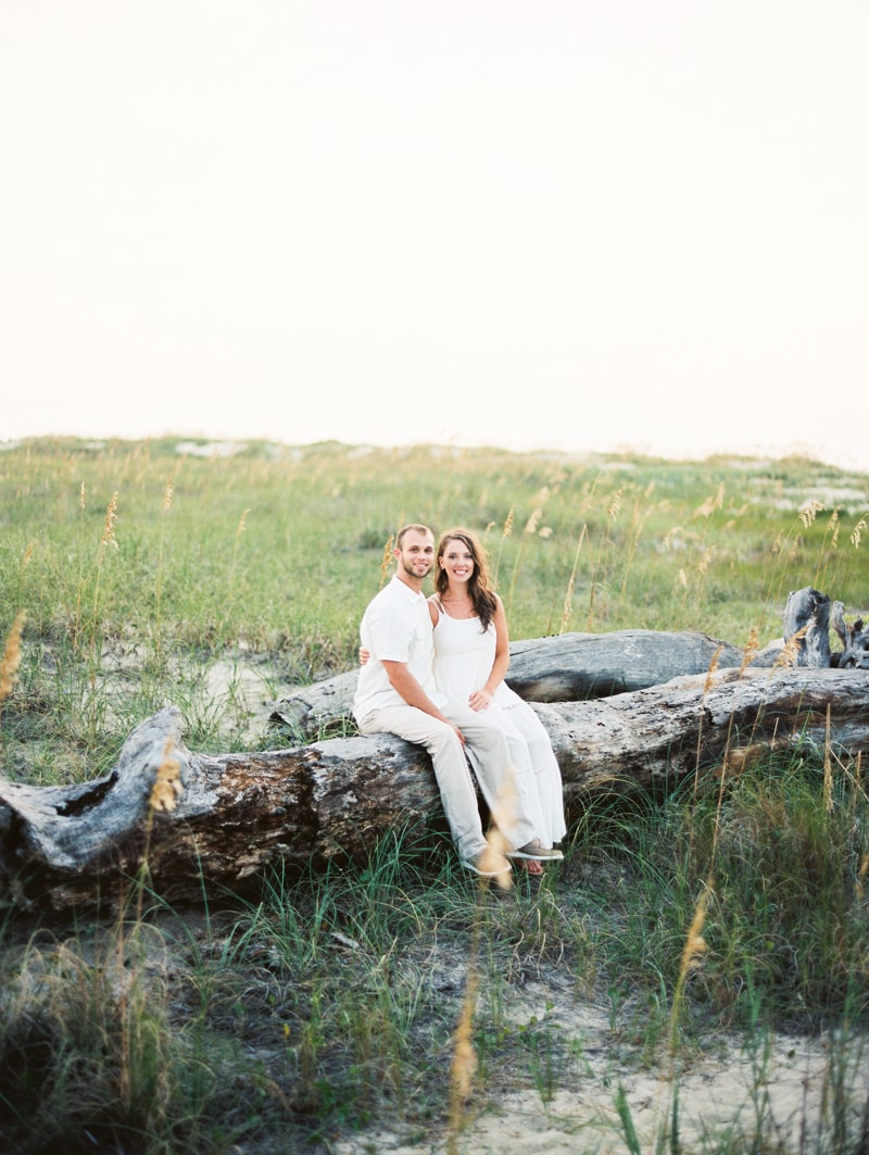 bald-head-island-nc-engagement-photographers-4-min.jpg
