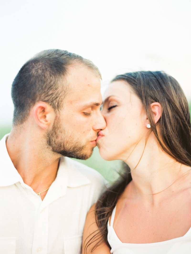 bald-head-island-nc-engagement-photographers-7-min.jpg