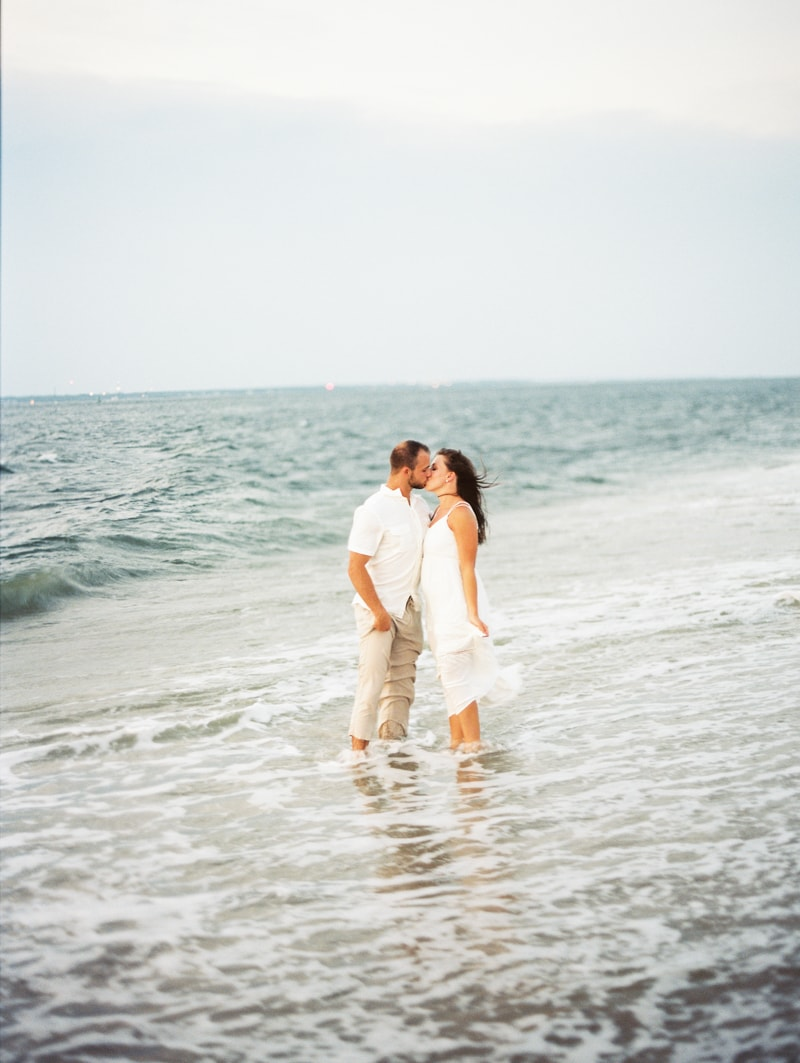 bald-head-island-nc-engagement-photographers-16-min.jpg