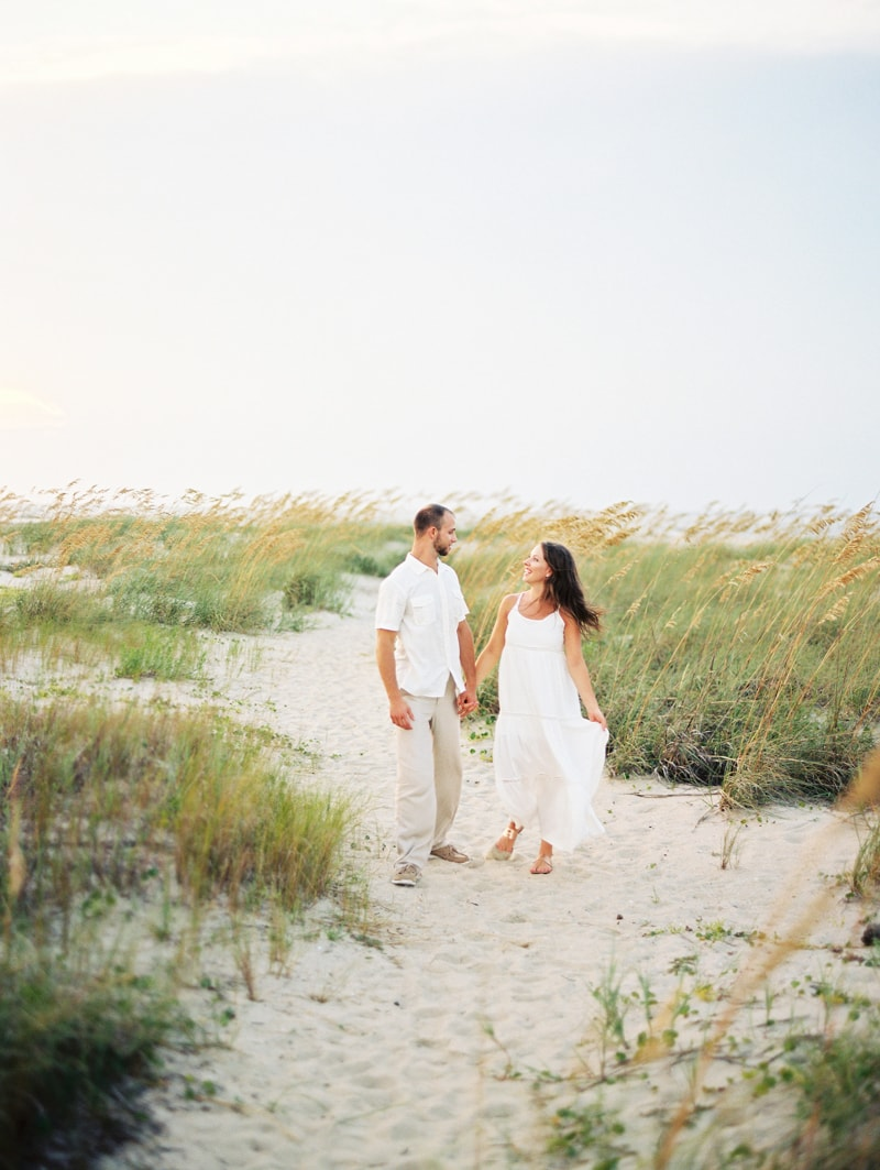 bald-head-island-nc-engagement-photographers-min.jpg