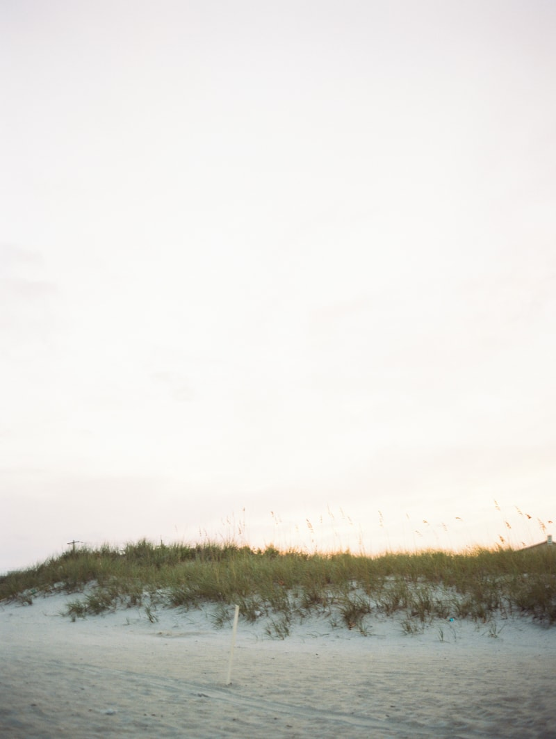 wrighstville-beach-nc-engagement-photography-8-min.jpg