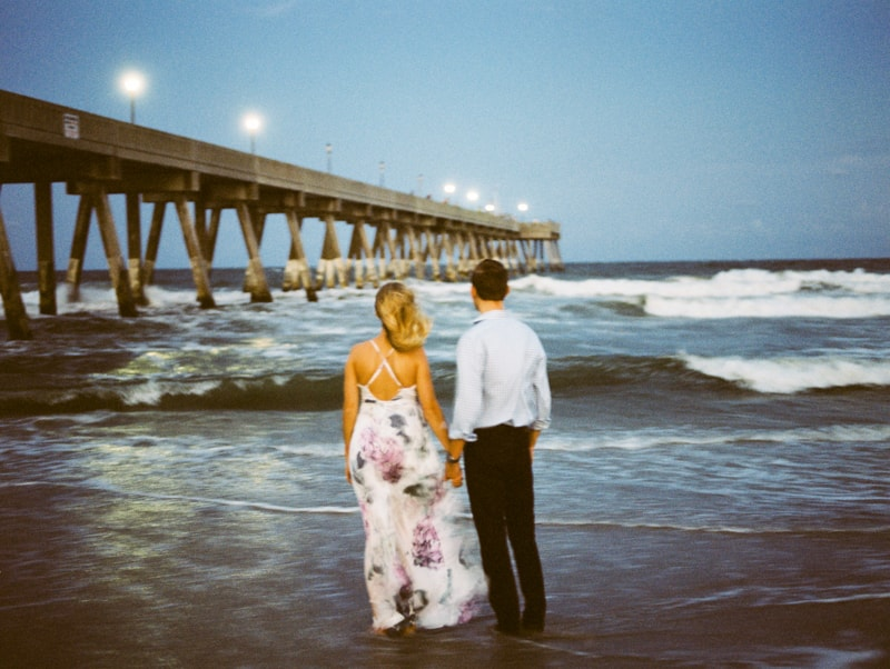 wrighstville-beach-nc-engagement-photography-min.jpg