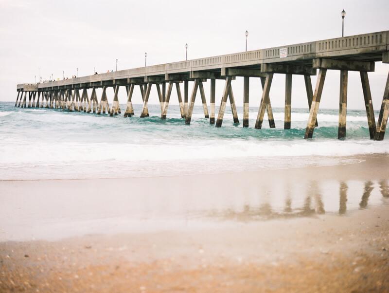 wrightsville-beach-engagement-photos-fine-art-film-20.jpg