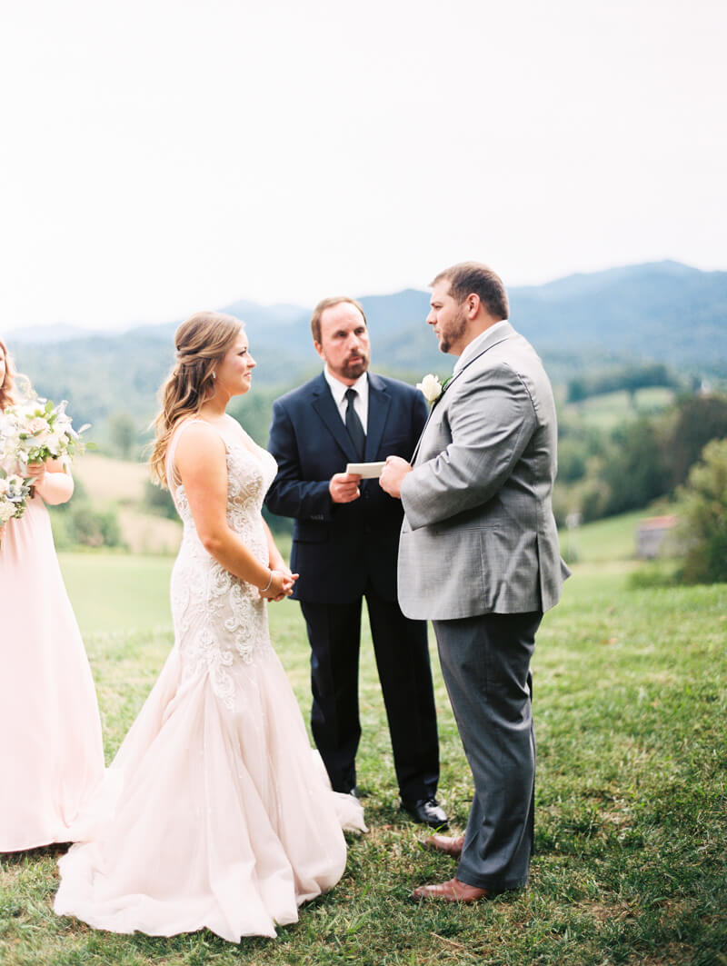 the-ridge-asheville-wedding-photographers-7.jpg