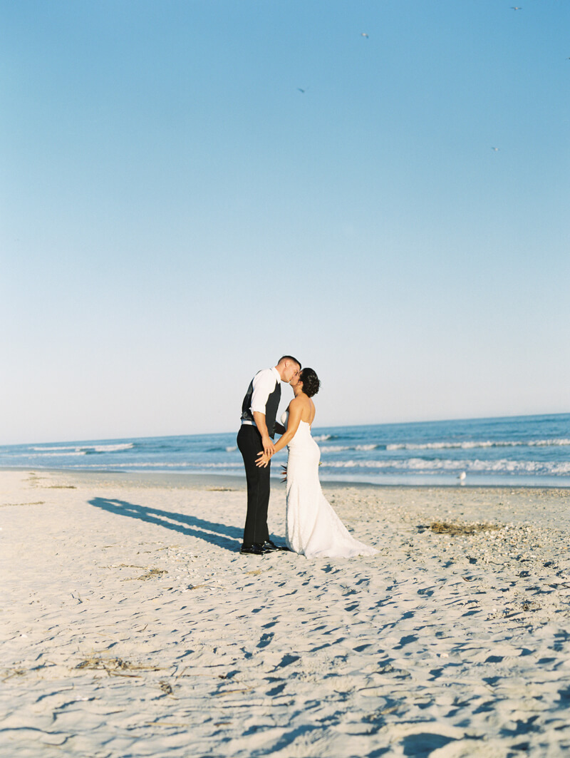 ocean-isle-beach-nc-wedding-photographers-33.jpg