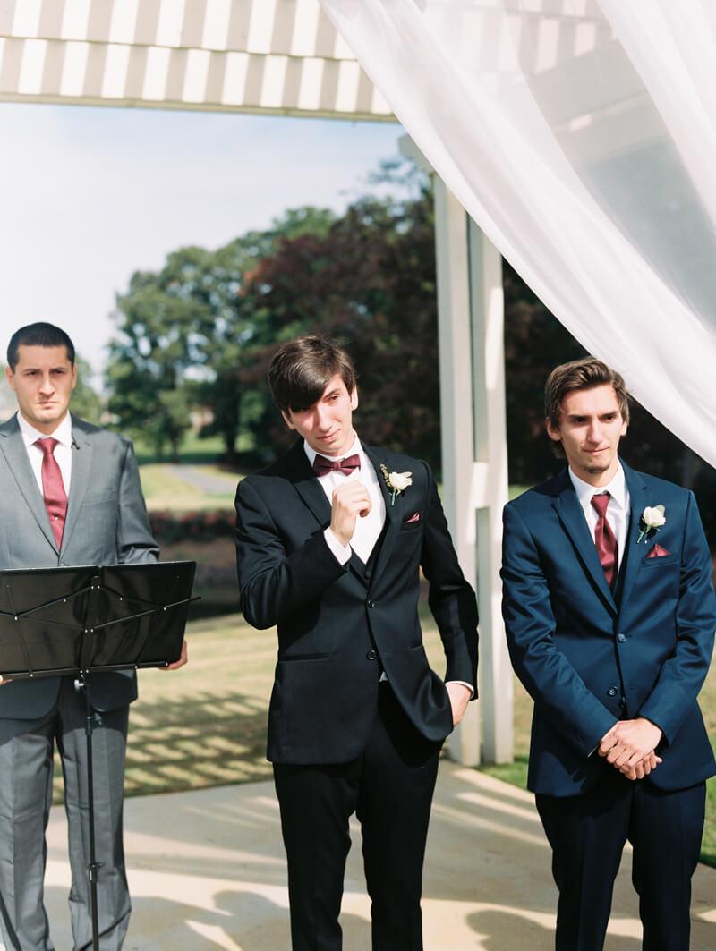 the-view-at-emerald-lake-nc-wedding-photos-10.jpg
