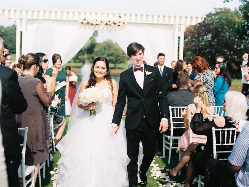 the-view-at-emerald-lake-nc-wedding-photos-12.jpg