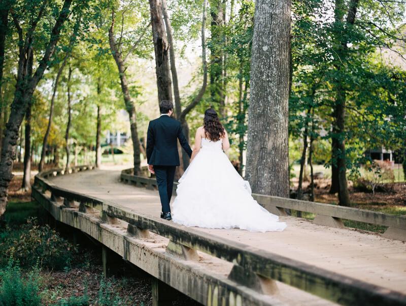 the-view-at-emerald-lake-nc-wedding-photos-15.jpg
