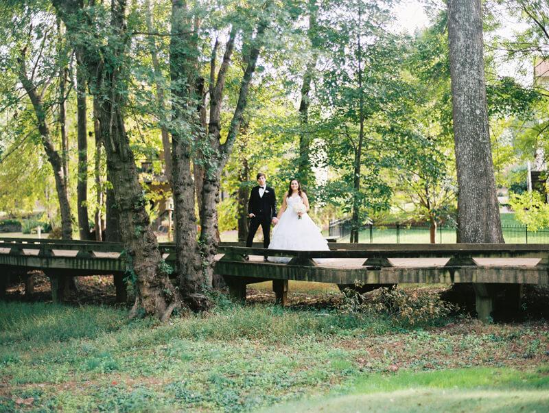 the-view-at-emerald-lake-nc-wedding-photos-17.jpg