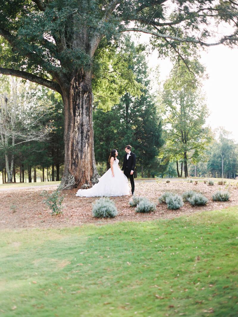 the-view-at-emerald-lake-nc-wedding-photos-32.jpg