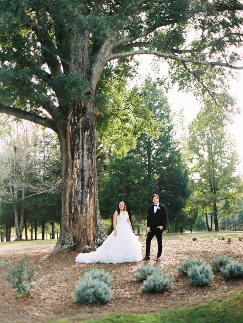 the-view-at-emerald-lake-nc-wedding-photos-33.jpg