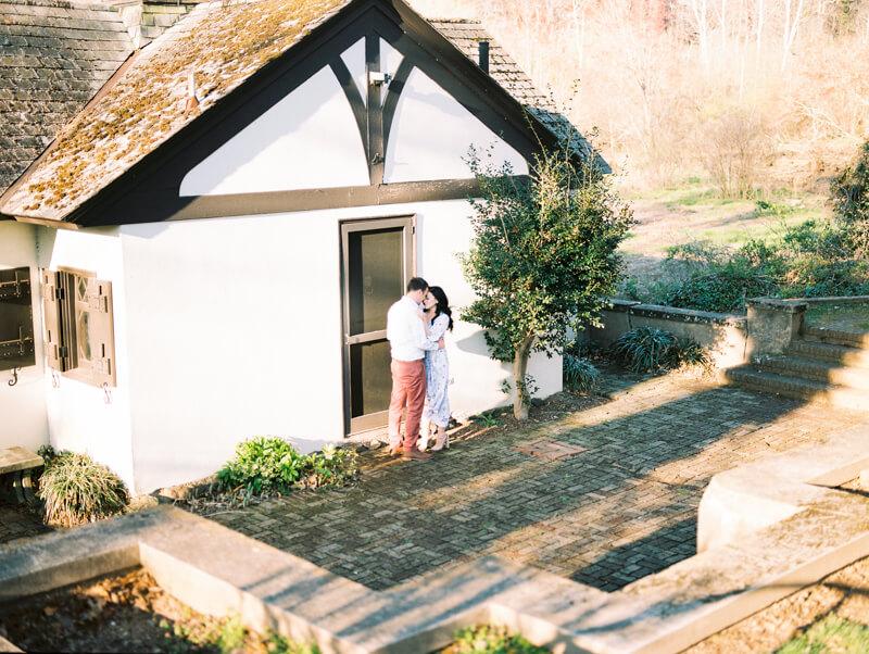 reynolda-village-engagement-photos-winston-salem-11.jpg