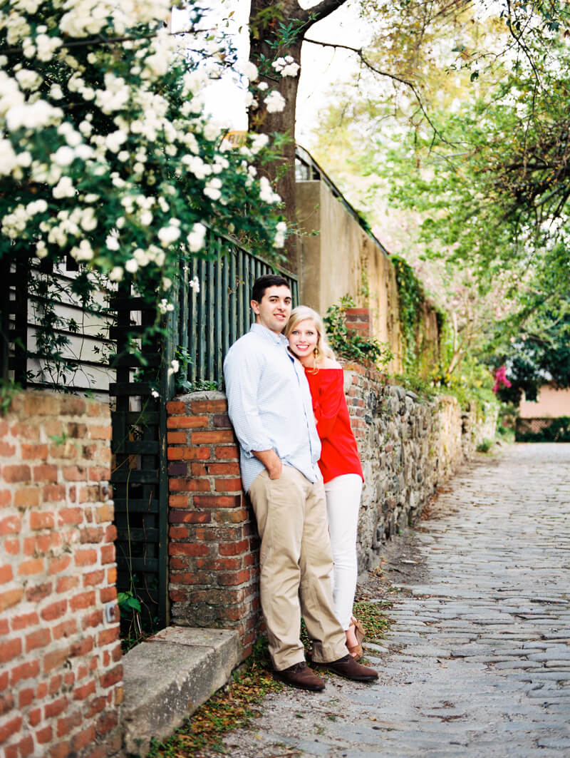 downtown-wilmington-engagement-photographers-33.jpg