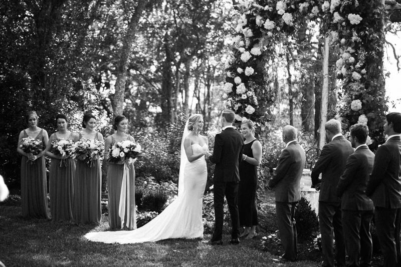 emerald-isle-nc-wedding-pics-watson-house-2.jpg