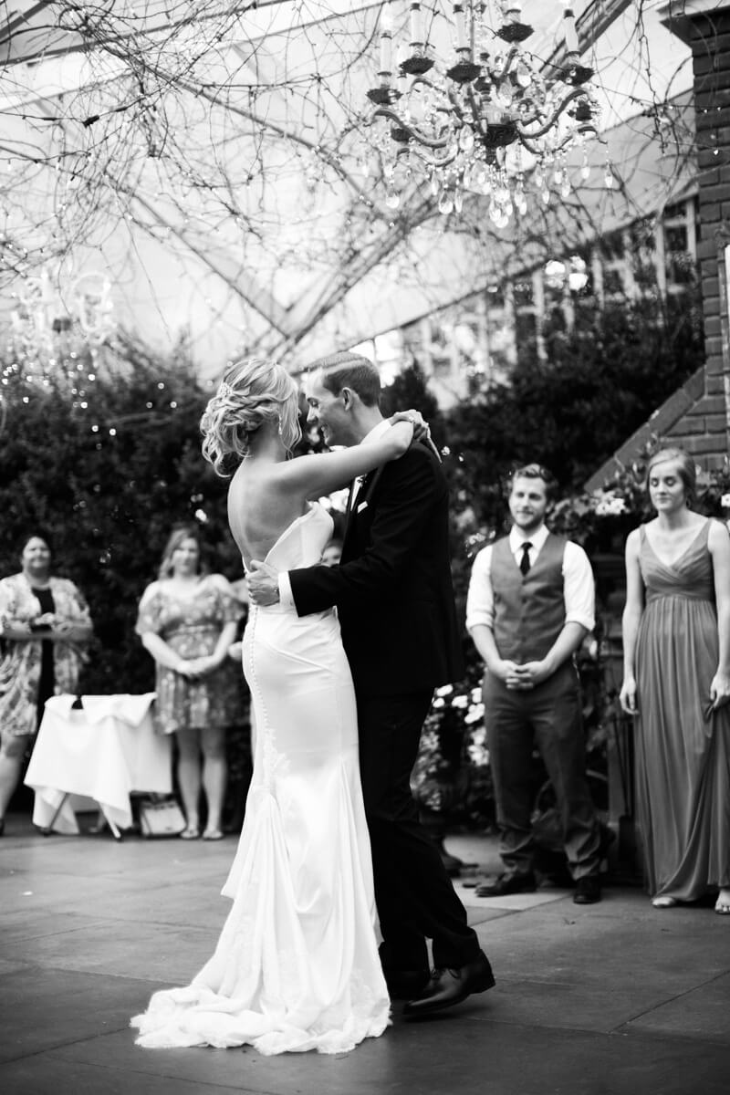 emerald-isle-nc-wedding-pics-watson-house-5.jpg