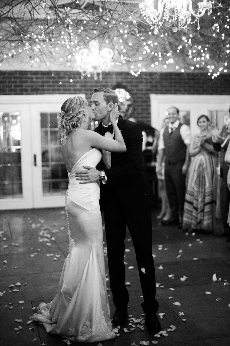 emerald-isle-nc-wedding-pics-watson-house-6.jpg