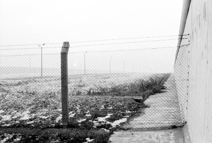 Enzo Amato  Untitled (Berlin Wall),  1989 digital print 50 x 76 cm (20 x 30 inches) Edition of 5 + 1AP  Available for purchase