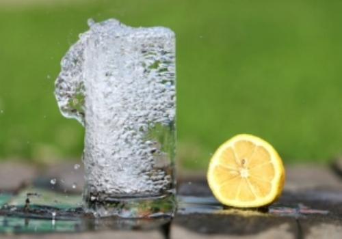 water-glass-heat-drink-161425.jpg
