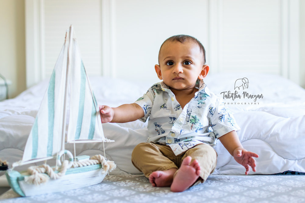 in-home-toddler-photo-shoot