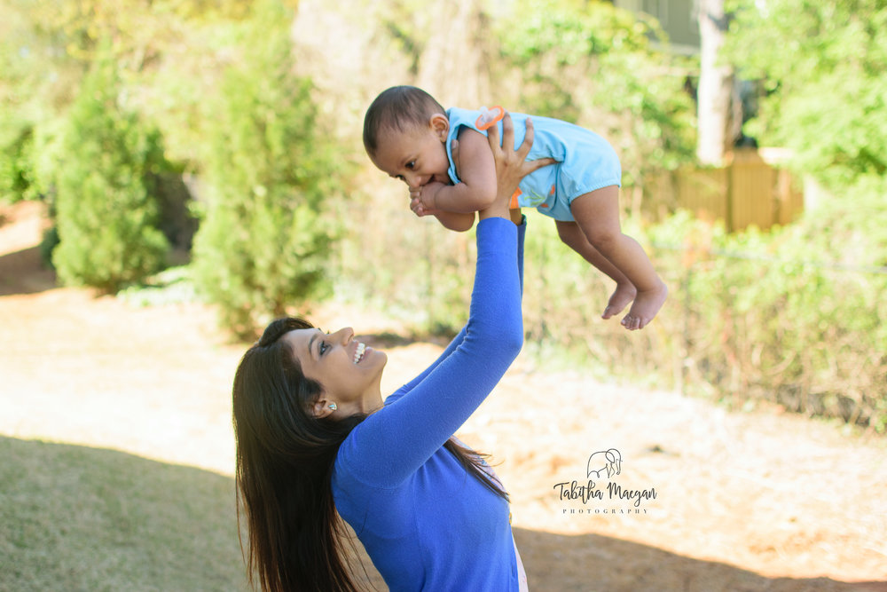 in-home-family-session-decatur-family-photographers-17