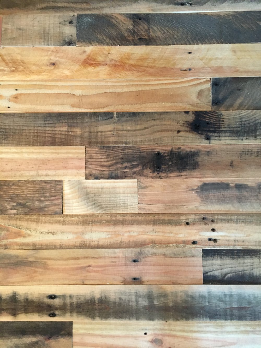 Reclaimed Wood for Room Makeovers