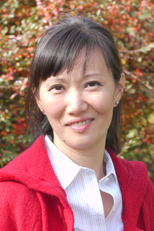 Laura Kim, Licensed Optician