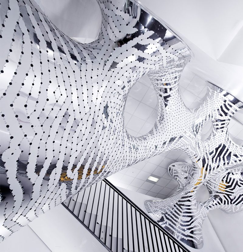 Under Stress, INRIA, Rennes, France, 2014 --  For physical production, morphologies are tessellated into parts. Parallel computing and 'multi-agent-based systems' allow an understanding of surface akin to letting ants run over it, leaving their trails.