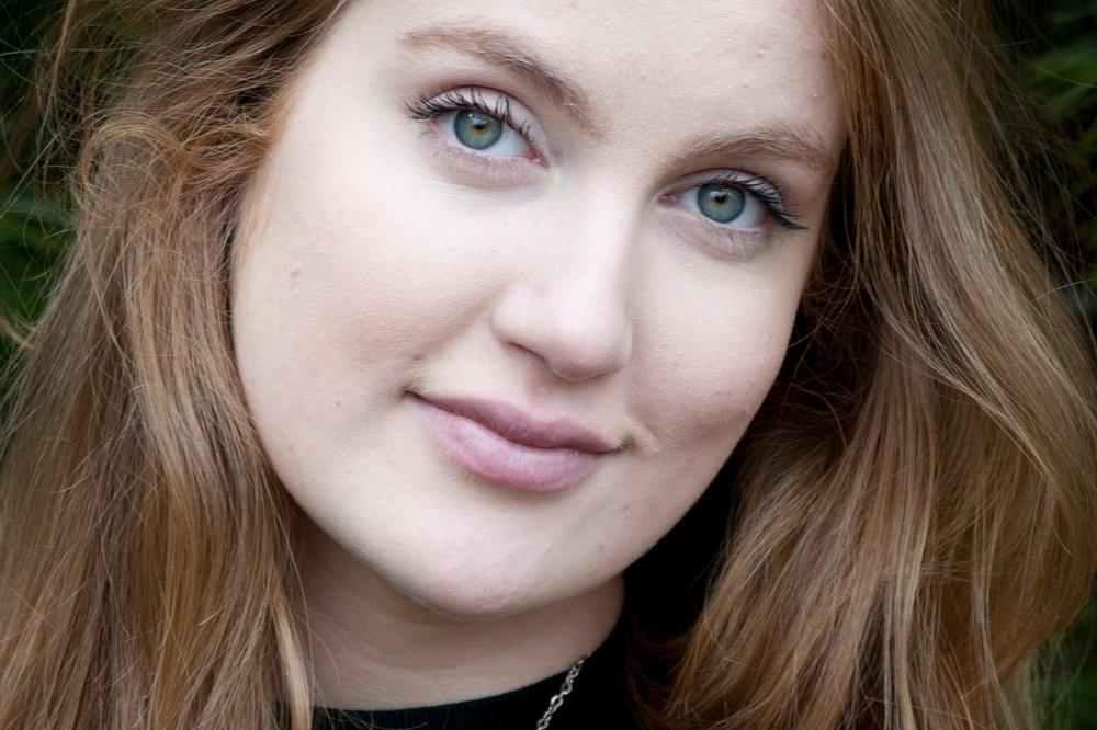 saskia-gorgeous-girl-portrait.jpg