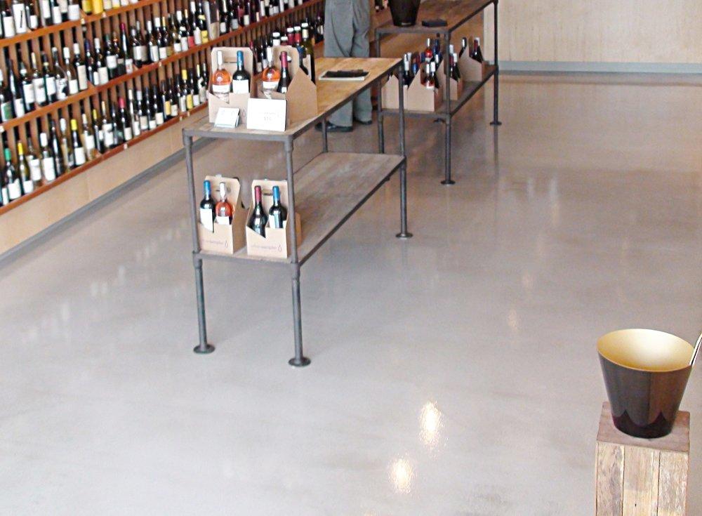 Retail-Store-Flooring-09.jpg
