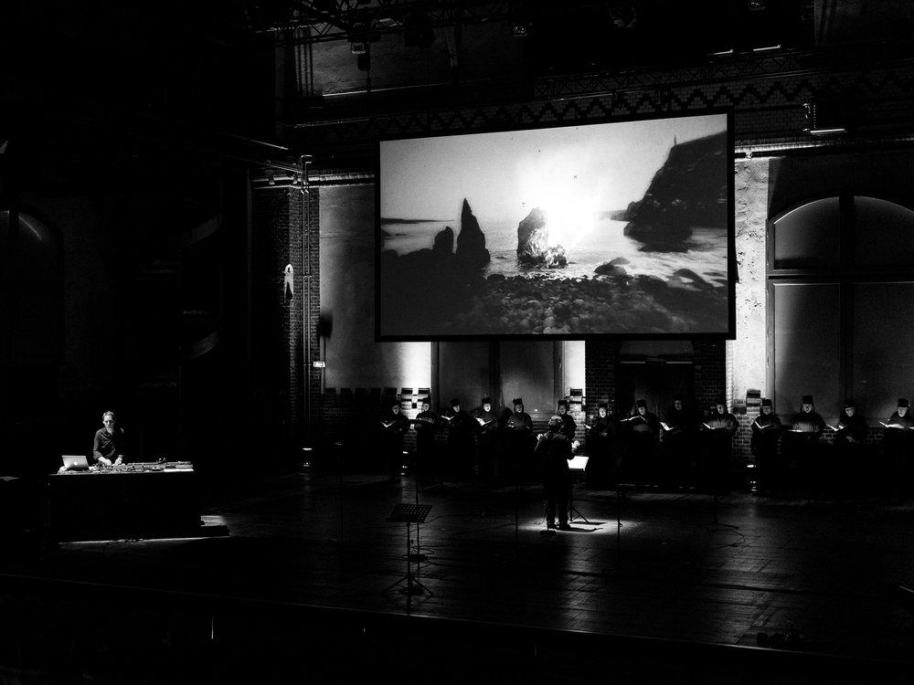 IETS_Sven Helbig_live_02_Credit_Claudia Weingart.jpg