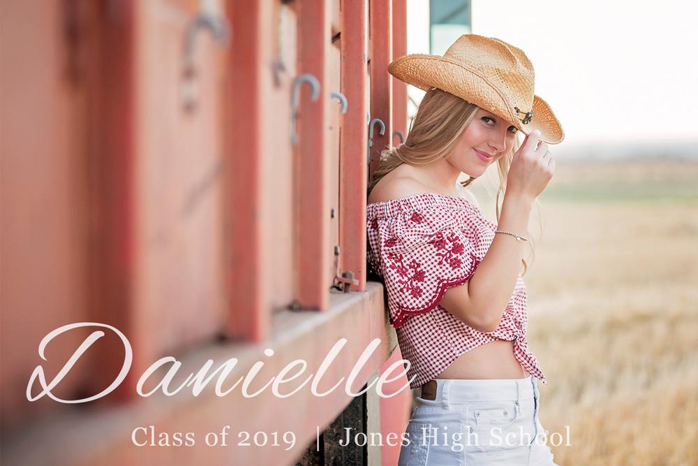 Senior-photographer-Amanda-Lynn-Oklahoma-DanielleGrace.jpg