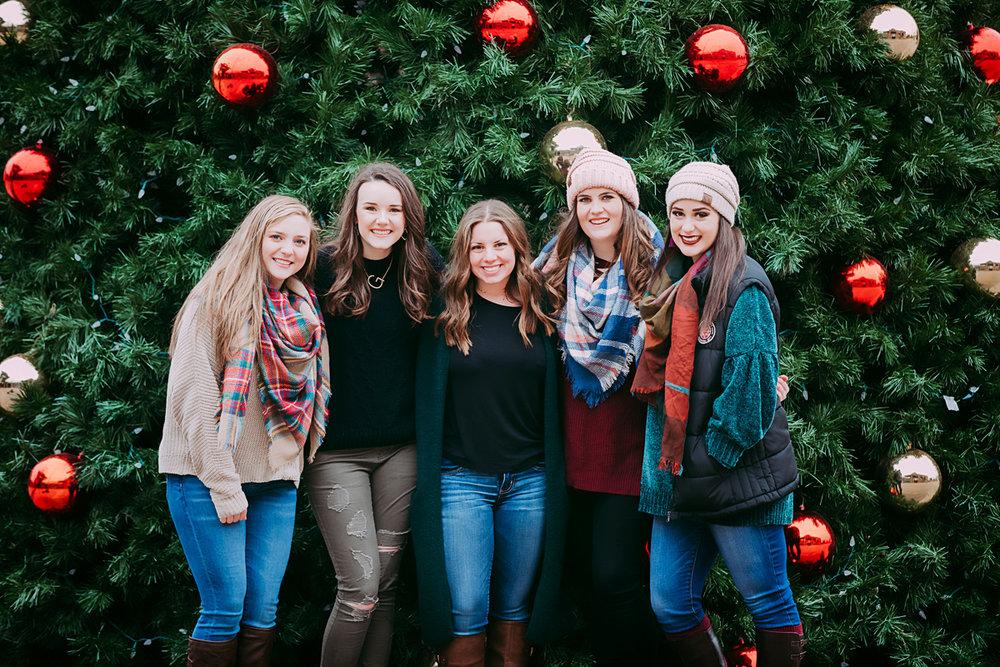Amanda Lynn Elite Senior Model Team, Christmas photo in front of Christmas tree in downtown Oklahoma City, Oklahoma.