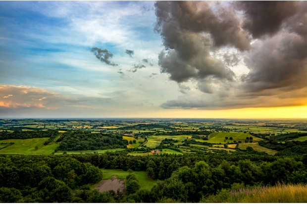 View over the Vale of York from Sutton Bank