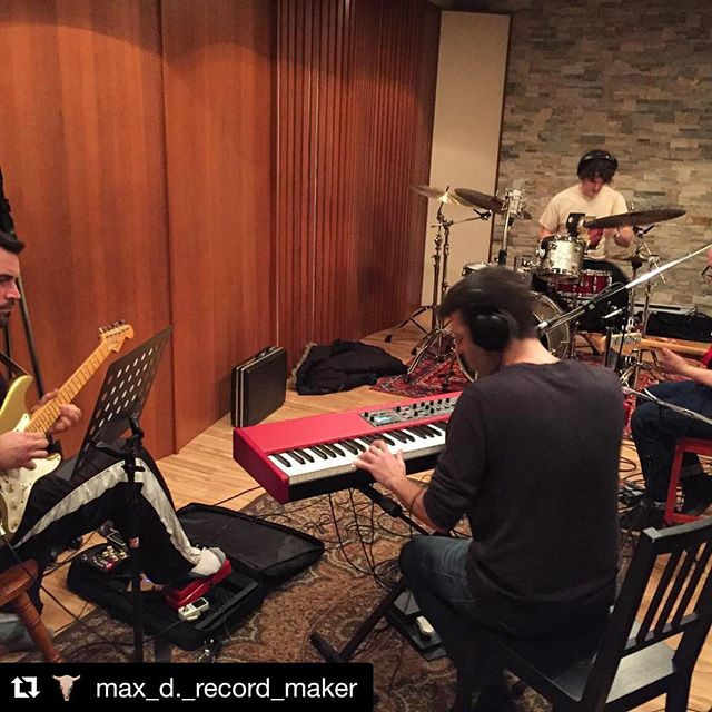 A pic @max_d._record_maker snapped earlier this afternoon. Yes, we've begun working on some fine new songs.