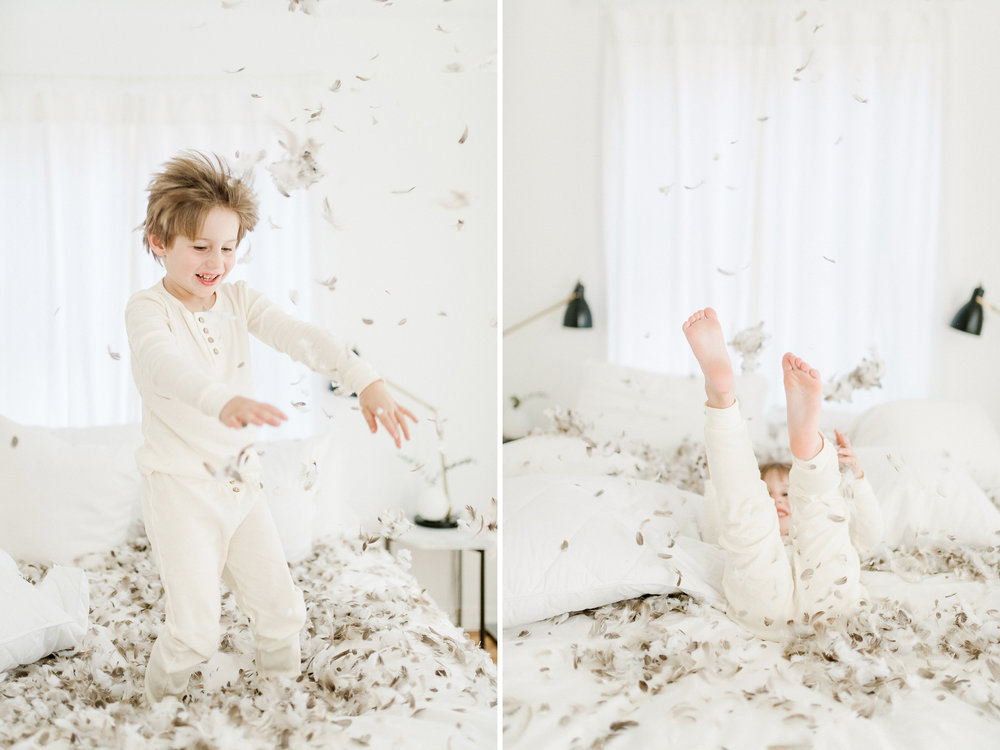 5yearoldphotoshootpillowfight2.jpg
